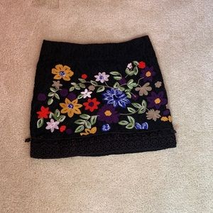 Forever 21 embroidered skirt